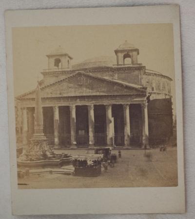 IL PANTHEON (ROMA)